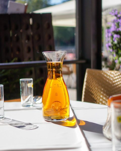 An Sonntag schon was vor? Wie wärs mit unserem Sonntagsbrunch? Reichhaltiges Frühstücksbuffet, Livemusik und tolles Wetter. 💙...