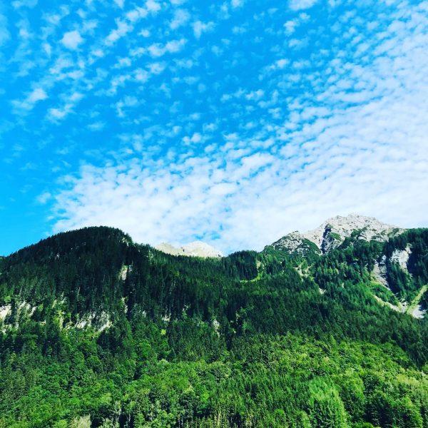 Wunderschöner Tag bei #casalpin #chalet #ferienhaus #ferien #ferienhausmieten #urlaub #brandnertal #bergdorf #berge #mountain ...