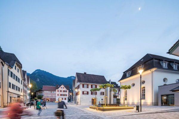 Wunderbare Abendstimmung im Jüdischen Viertel - ein Ort der Begegnung! 😍🍀😎👍🌹☀️🚴♂️👫🇦🇹 Foto: Dietmar Walser #emspiriert #hohenems #vorarlberg...
