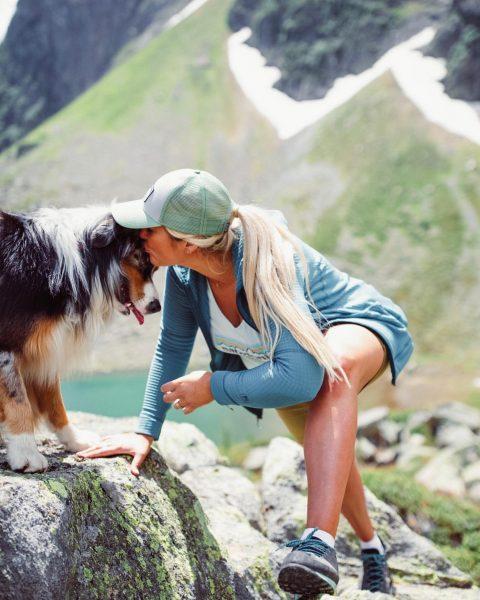 Bergbuddies.🐾 A moment full of happiness...und wo gügglasch eigentlich ummi?😉😁...Buddy, du bist mein ...