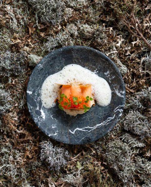 Aktuelle #speisekarte der Zuger #fischteich #lachsforelle #petersilienwurzel #beurreblanc #kaviar • • Vielen Dank ...