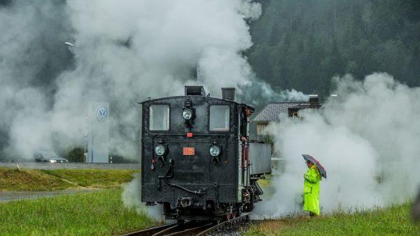 #wälderbähnle #bregenzerwaldbahn #museumsbahn #dampflok #u25 #umsetzen #saisonstart2020 #schwarzenberg #bahnhof #schlachterphotography