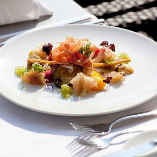Lasse dich nach einem aufregenden Tag in unserem Restaurant kulinarisch verwöhnen! Bei der Halbpension hast du jeden...