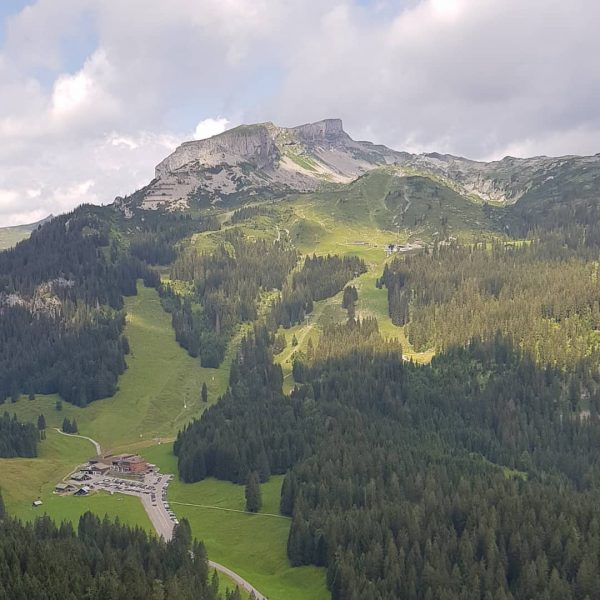 Hoher Ifen auf dem Präsentierteller. . . . . #wandernmachtglücklich #wandern #hiking #okbergbahnen ...