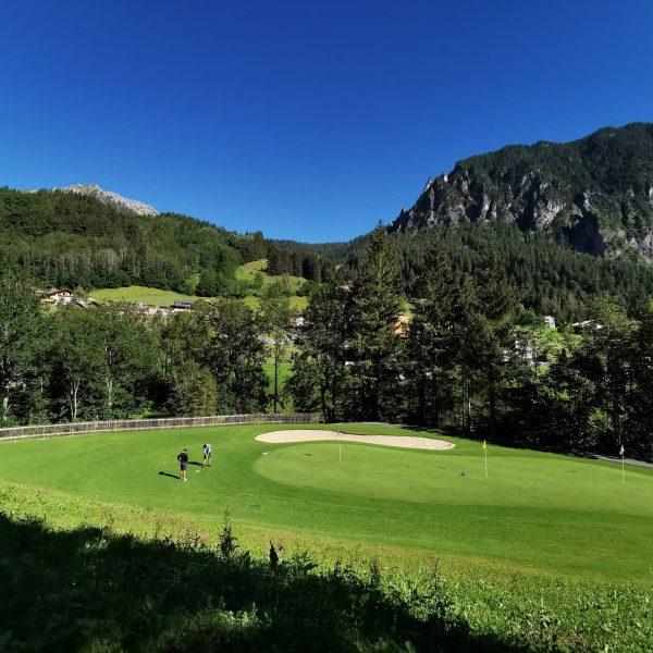 Golf training in dieser Kulisse. Das macht Spaß. wir bieten Schnuppergolf ab Euro ...