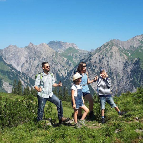 Der Sonnenkopf🌞🌞⛰eignet sich auch als Ausgangs- und Zielpunkt für schöne und ausgiebige Wanderungen. ...