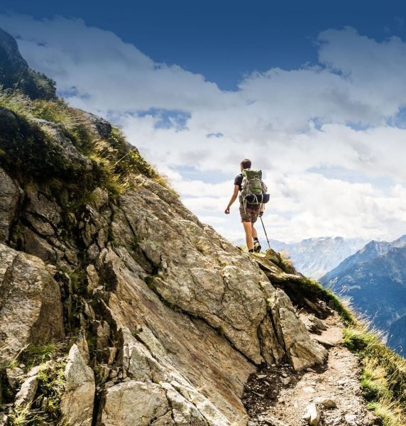 Kennt ihr schon die einmaligen Wanderungen um Stuben am Arlberg?! 🏔️ Schaut doch ...