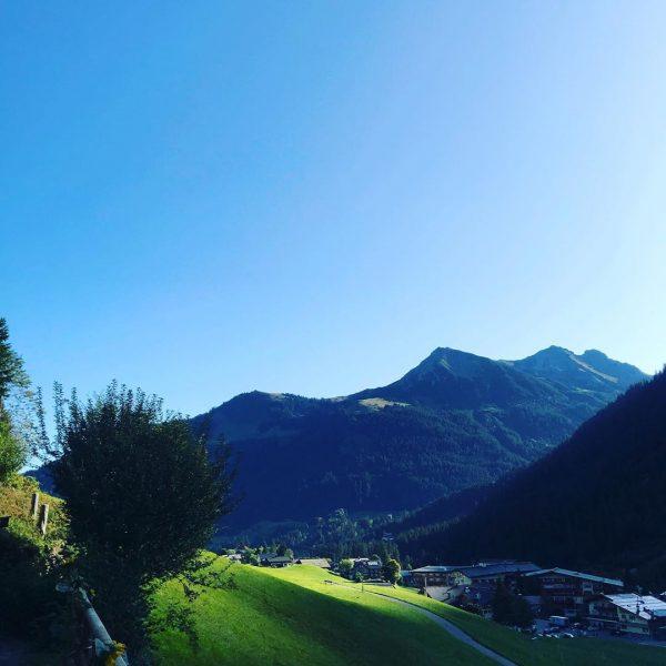 Morgen! ❤️ #ontheroadwithgaby #kleinwalsertalerrosenhof #kleinwalsertal #langeswochenende #derkleinwalsertalerrosenhof Kleinwalsertal Österreich