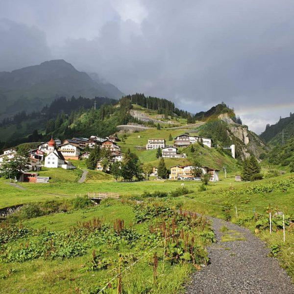 #onearlberg St. Christoph - Kaltenberghütte - Stubner See - Stuben 💚⛰️ Danke @powderhuntr, ...