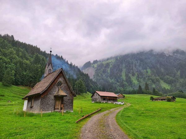 𝔹𝕒𝕕 ℍ𝕠𝕡𝕗𝕣𝕖𝕓𝕖𝕟 (1022mü.A.) war ein zwischenSchoppernauundSchröckenliegendes Heilbad und Gasthaus (heute nur noch Ferienhaus) ...