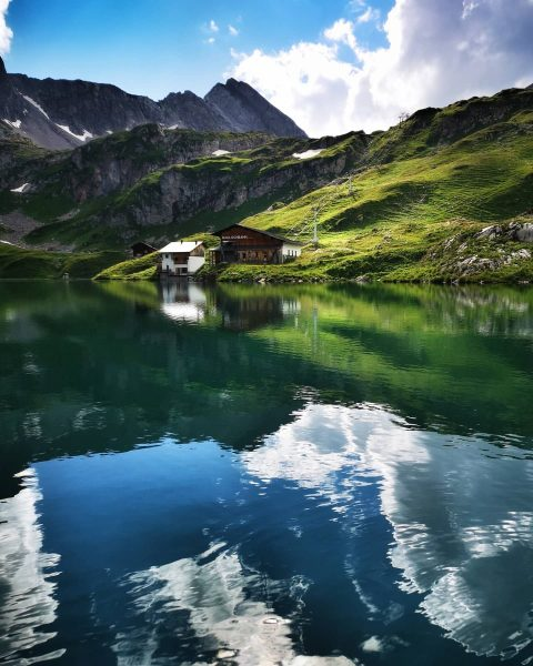 #zürsersee #mylechzuers #venividivorarlberg #meinvorarlberg #nature #visitaustria #visitvorarlberg #country_features #loves_austria #loves_mountains #global_creatives #feelaustria #discoveraustria ...