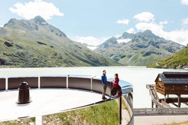 Absolut unglaublich und definitiv ein Blick wert: das Erdenlicht in der Silvretta! ✨💙 ...