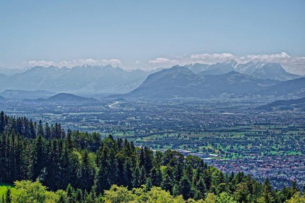 Rheintal #rheintal #alpenpanorama #alpen #pentax #vorarlberg #bregenz #pfänder #vacationinaustria #holidaysinaustria #säntis #swizzerland #rhein ...