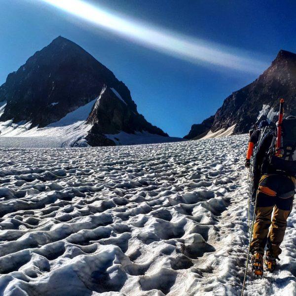 Tour auf den PizBuin, den höchsten Berg Vorarlbergs mit 3312m. Super Tour bei ...