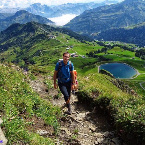 #venividivorarlberg Urlaub in Vorarlberg: LH Markus Wallner bei der gemeinsame Wanderung im letzten Jahr mit dem Musikverein...