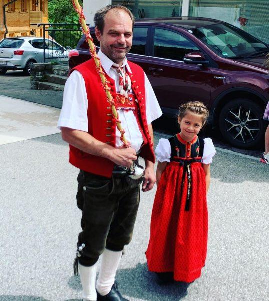 #tagderblasmusik @tk_harmonie.mittelberg #mittelberg #kleinwalsertal #kleinwalsertaltravel #neuekrone #hotelneuekrone #vorarlberg #oberstdorf #allgäu #allgäuliebe #allgäutourist #riezlern ...