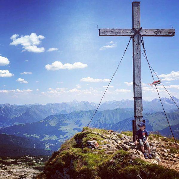 #hoherifen . . . . . #ifen #kleinwalsertal #kleinwalsertaltravel #riezlern #österreich #austria #allgäu ...