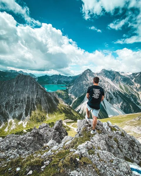 Urlaub daheim⛰📸 @lea_larch #lünersee #hiking #montafon #vandans #view #manchesterunited Montafon, Austria