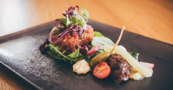 Lust auf Mittagsgenuss? Unser kreatives Küchenteam verwöhnt dich diese Woche wieder mit liebevoll ...