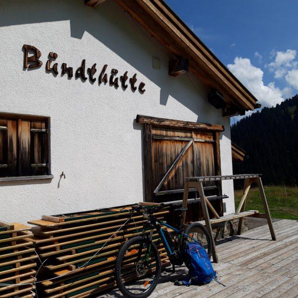 heute durften unsere Ghost E - Mountainbikes wieder einmal in die schöne Bergwelt ...