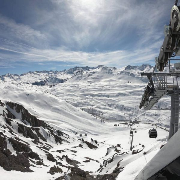 ALPINE.LODGE-Klösterle am Arlberg updated their cover photo.
