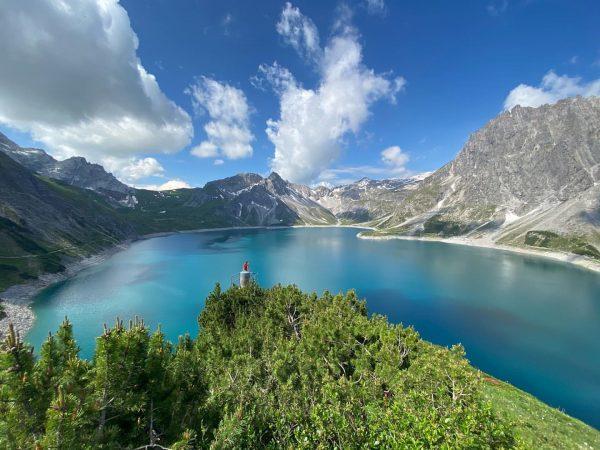 ♡︎ . . . #lünersee #vorarlberg #austria #visitaustria #austrianvacations #landscape #hike #mountainlove #mountainview ...