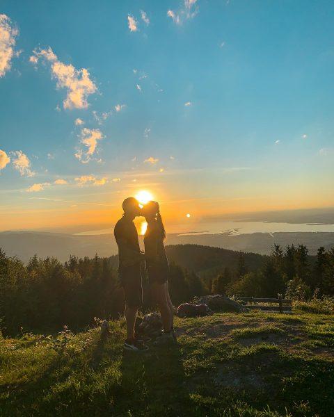 💙💚💙 • • • • • #love #sonnenuntergang #sunset #bodensee #bödele #vorarlberg #naturelover ...