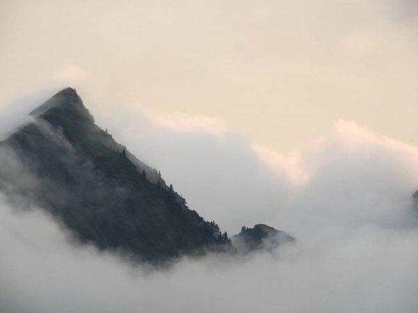 🇦🇹 Vanavond zitten we behoorlijk in de wolken. . . #oostenrijk #vorarlberg #allgäu ...