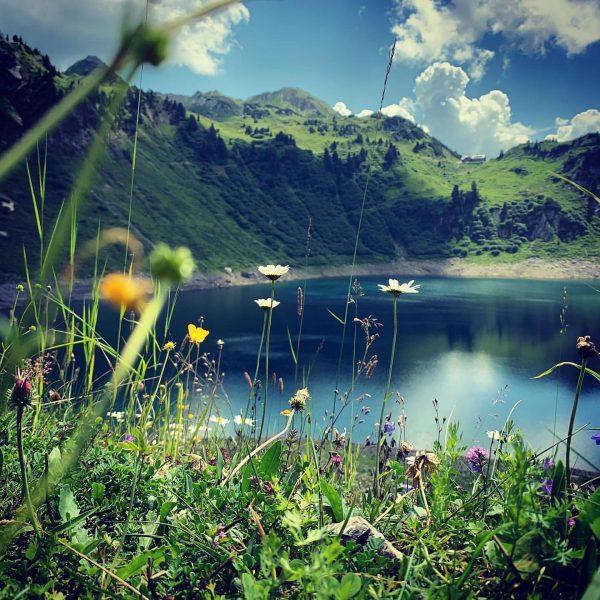 Klassenfahrt #österreich #austria #vorarlberg #lech #lechtaleralpen #bergsee #formarinsee #freiburgerhütte #rüfikopf #weingondeln #lorschwest #alpen ...