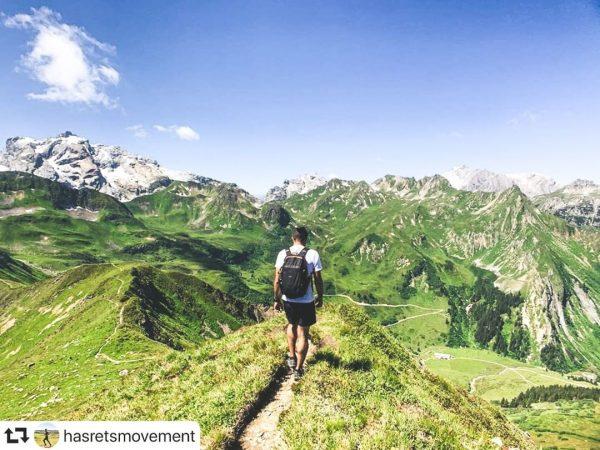 #REPOST @hasretsmovement // Traumhafte Bergkulisse 😍⛰ Ein unglaublich schönes #bergemitwow Motiv welches wir ...