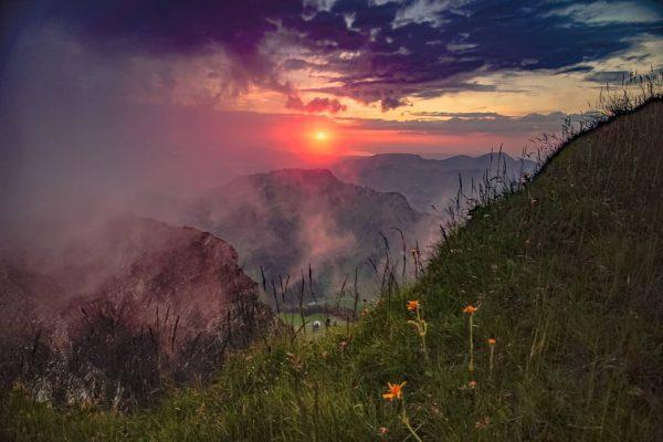 Alpine sunset 🌄 #landschaftsfotografie #landscapephotography #austria #bregenzerwald #visitbregenzerwald #photography #sony #sonyalpha #sonyalpha7ii #sunset ...