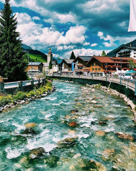 Alpen Schickeria . . . . . . . . . . . ...