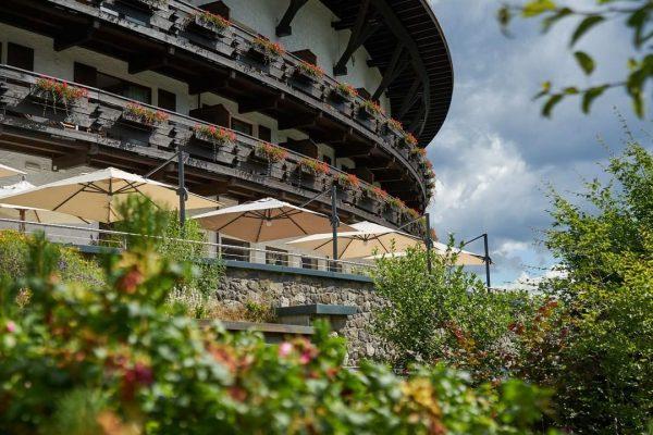 #openandopenforyou Jetzt im Sommer lieben wir unsere große Terrasse ganz besonders und freuen ...