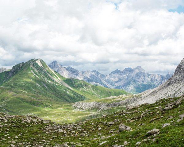 waves #rüfikopf #lech #wandern #landscapephotography #dramaticlandscape #mountains #alps #highcontrast