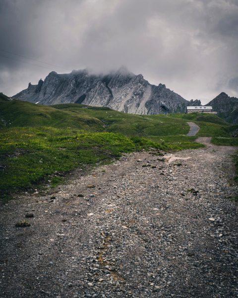 Way to the Ulmer Hütte. • • • • @earth_deluxe @visitvorarlberg @globeshotz @instagram ...