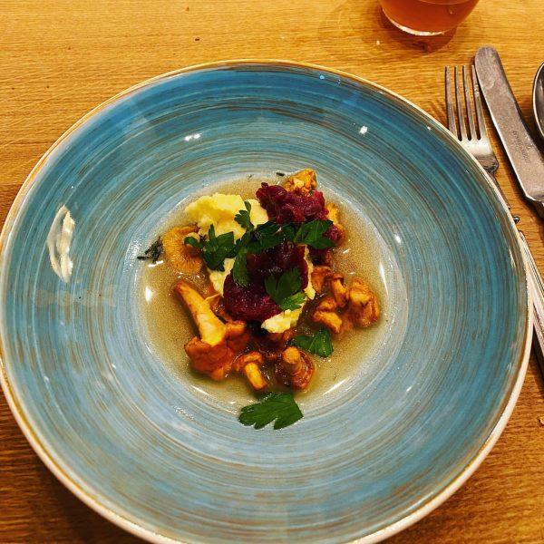 Unser erster Kochkurs mit Thorsten Probost war ein voller Erfolg. Bei seinem Streifzug ...