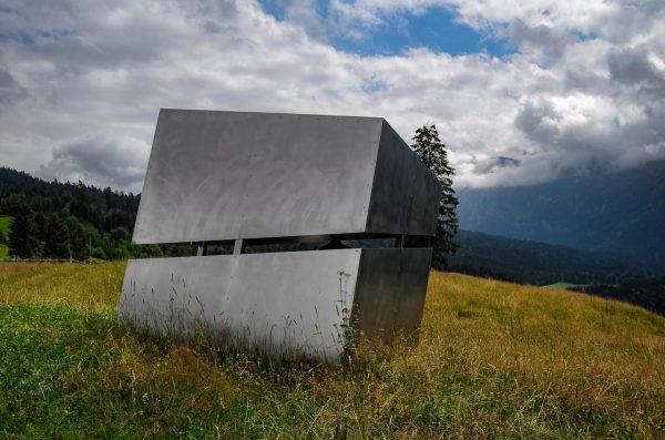 Schiefe 🏠 #georunderindberg #bregenzerwald #venividivorarlberg Sibratsgfäll, Vorarlberg, Austria