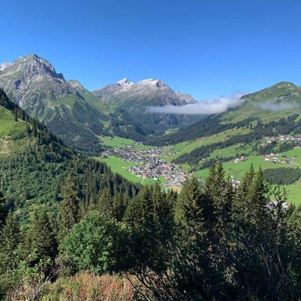 #soldanellaappartements #lechzuers #visitvorarlberg #moretimemorespace #bergsommer #naturelover #austrianalps #mountainlovers #bergliebe #wandern #hiking #mountainbike #bergpic #familienurlaub