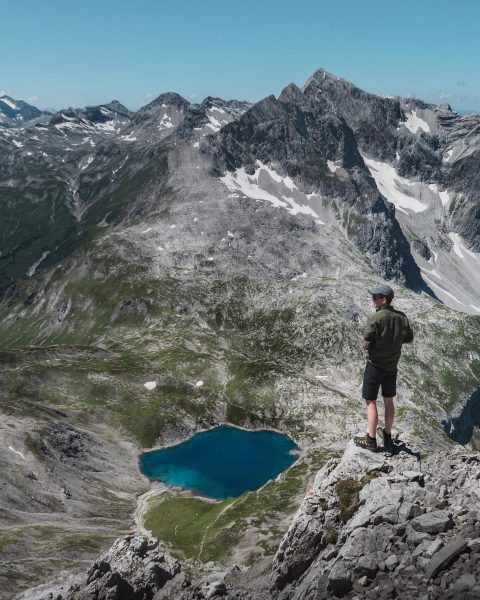 What else do you need than good views, lakes and mountains ⛰🇦🇹 . . . . #mountains...