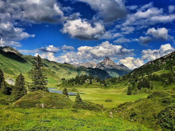 Oh what a day!! 💕 #bergzeitfuerzuagroaste #genusswandern #vorarlberg #vorarlbergwandern #lech #warth #kalbelesee #austria ...