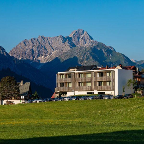 Guten Morgen Sonnenschein! ☀️ Der Ausblick macht doch Lust auf mehr... 🌱...Wanderungen direkt vom Haus aus 🌱...(E-)Mountainbike...