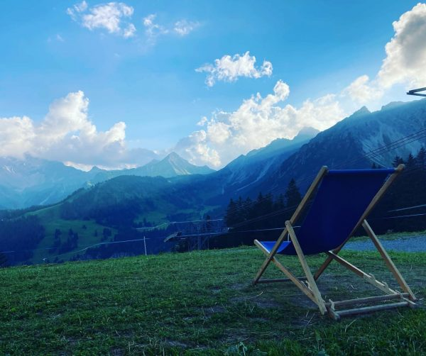 Fröödiger Evening Mountain 🏔 BBQ 🍗 #lecker #frööd #bbq #brandnertal #weekendvibes #vorarlberg #vorarlbergwandern #visitvorarlberg #berge #mountains #nature...