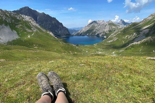Bergseeliebe 😍 . . . #lunersee #bergemitwow #bergsee #bergwelten #bergseen #visitbrandnertal #brandnertal #vorarlberg ...
