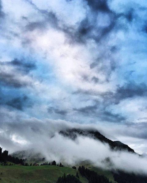 #karhorn #mylechzuers #meinvorarlberg #wirliebenvorarlberg #weloveaustria #loves_austria #loves_mountains #global_creatives #feelaustria #discoveraustria #soulful_moments #simplyaustria #allbeauty_addiction ...