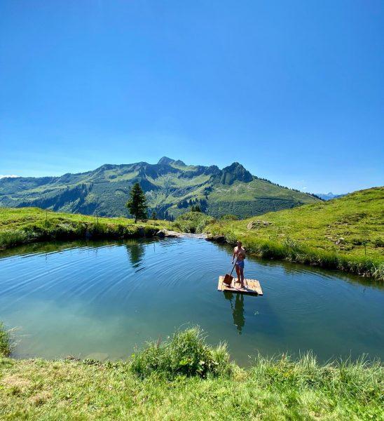 Wie wär's mit einer erfrischenden Abkühlung im Bergsee? Wir lieben es! ☀️💦😎 #abkühlung ...