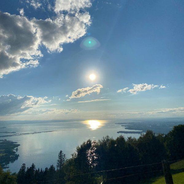 Der Ausblick vom Pfänder auf den Bodensee 😍☀️ Zeigt uns die schönsten Fleckchen ...