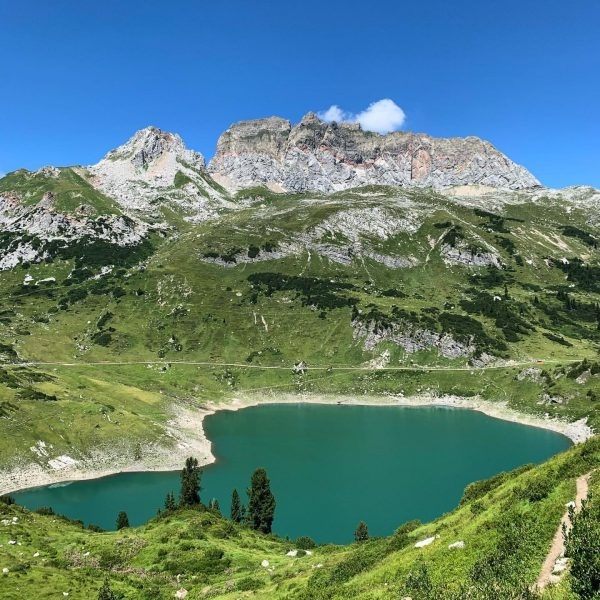#formarinsee #lake #mountains #hiking #mountainlove #landscape #landscapephotography #nature #summer #adventure #hikingadventures #mountainlovers #lakelife ...