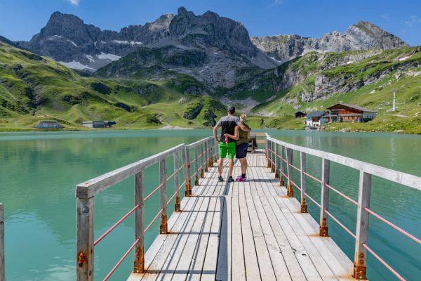 🏞️Zürsersee🏞️ . . . #arlberg #zürs #lechzuers #zürsersee #familytime #mylove #qualitytime #canon_photos #visitvorarlberg ...