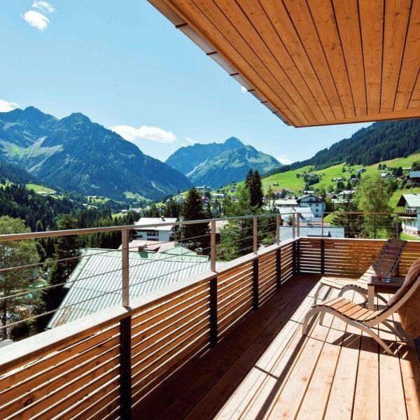 😇Weg vom Alltagsstress hin zum Alpenglück. Im versteckten Kleinwalsertal findest du die Erholung, ...