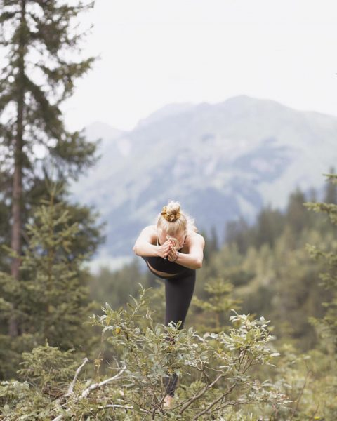 """""""The body benefits from movement, and the mind benefits from stillness"""" . 📸 by @jasmina.schmitt . ...."""